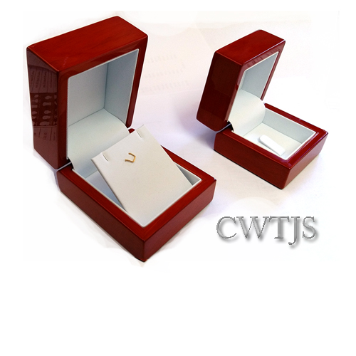 Cherry Wood Box – J0050